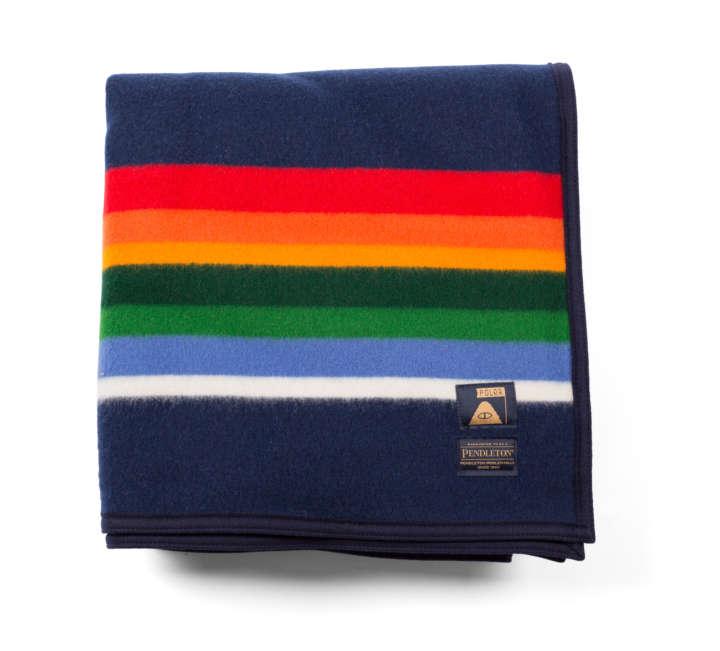 タオルポンチョと同デザインのタオルです。揃えて持ちたくなりますね。