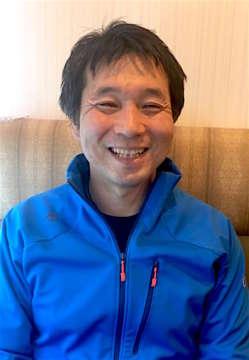 吉田昭彦 出版社勤務のエディター。年1〜2回のフルマラソンに加え、トレイルランやハーフマラソン、仲間とのチームで駅伝などにも参加。普段は週末の午前中に15〜20kmを走ることを習慣にしている。