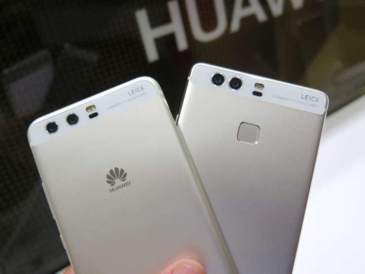 HUAWEI P9(左)では背面にあった指紋センサーがHUAWEI P10(右)ではなくなり、ロゴに