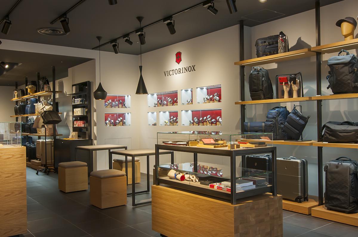 ワークショップも!新オープンのビクトリノックス原宿神宮前店は「体験型」です | &GP