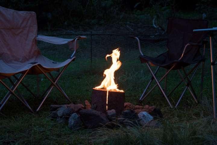 スウェーデントーチでおしゃれな焚き火