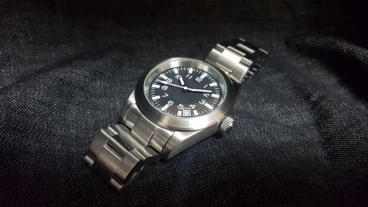 aa51a3f2ee 高コスパのワケはムーブメント!機械式好き注目の8000円台で買えるチプメカ時計 | &GP