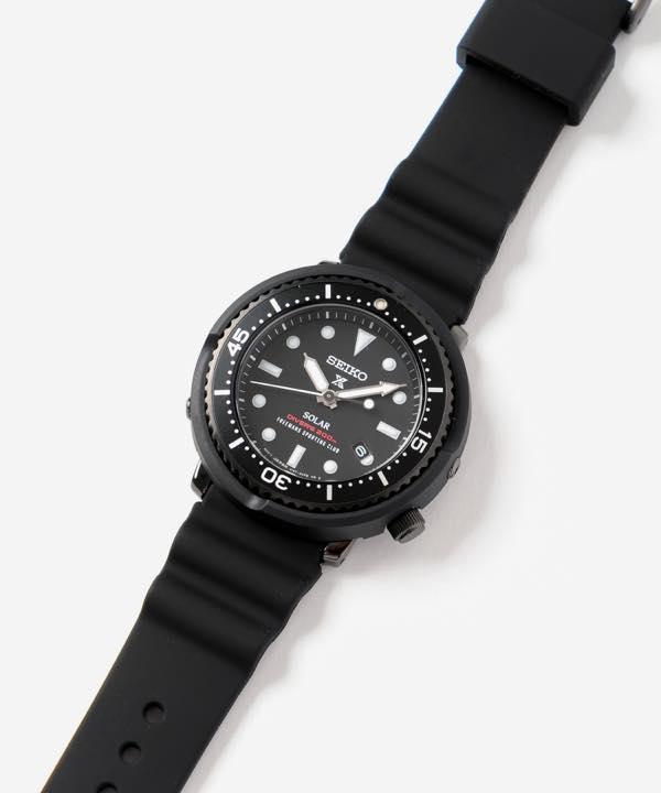 ac4cda5ae0 セイコーならではの堅牢な外胴プロテクターを備えながらも、径42.7mmと手元にすんなり収まるコンパクトなサイズ。全体をブラック1色でまとめていますが、差し色として  ...