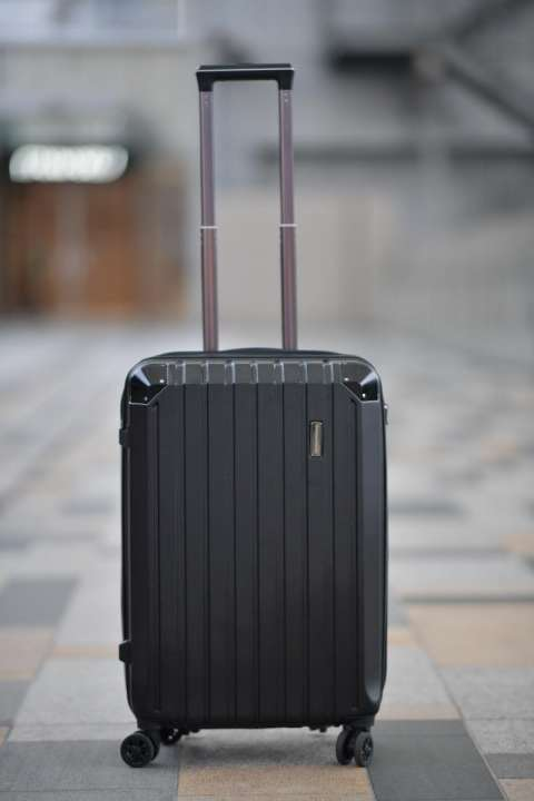 1f574d7357 アシスト機能が付いたスーツケースで階段の上り下りがスムーズに!- 記事 ...