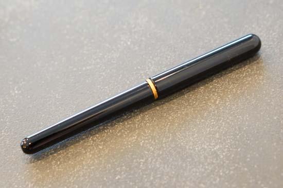 唐様三昧 漆塗り携帯用筆ペン(縞更紗柄筆ペンケース)