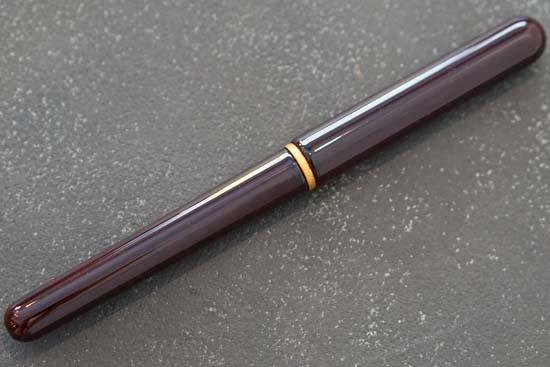 唐様三昧 漆塗り携帯用筆ペン(無地染めの筆ペンケース)