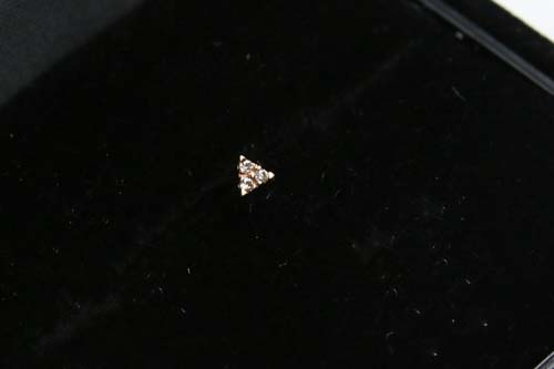 K10 Tiny Motif Diamond Pierce