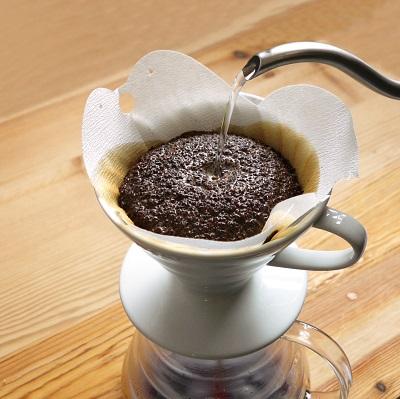 ペーパーの種類によって味が異なるコーヒーフィルター