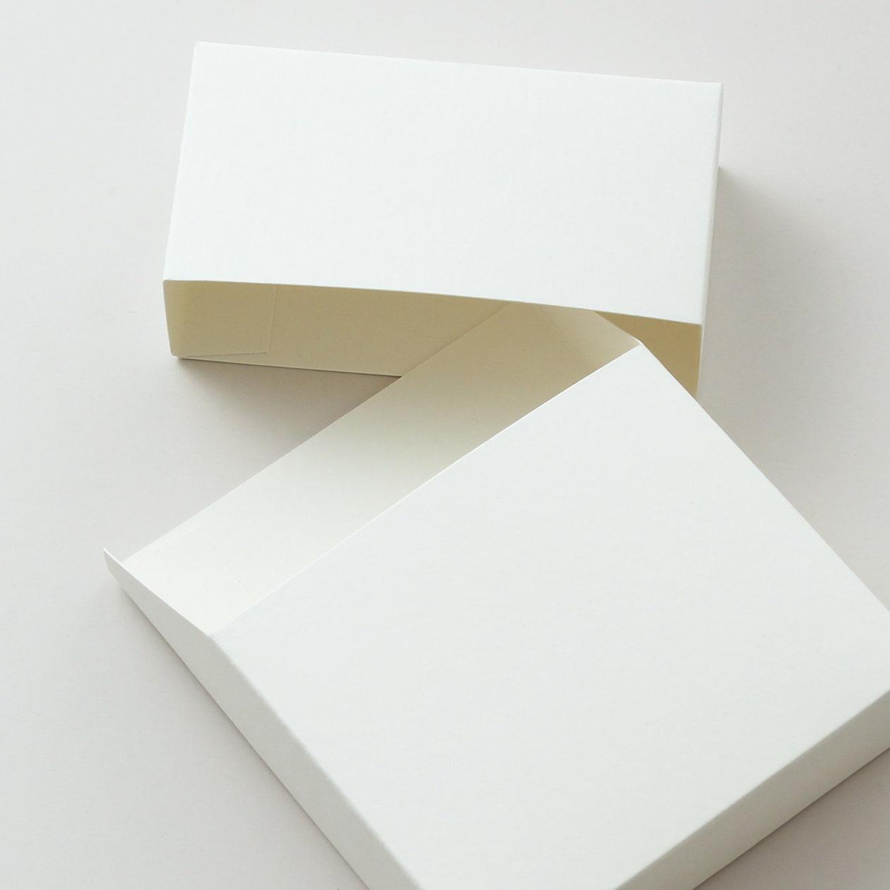 #813パッケージ HAGURUMA Basic プレインホワイト 260g