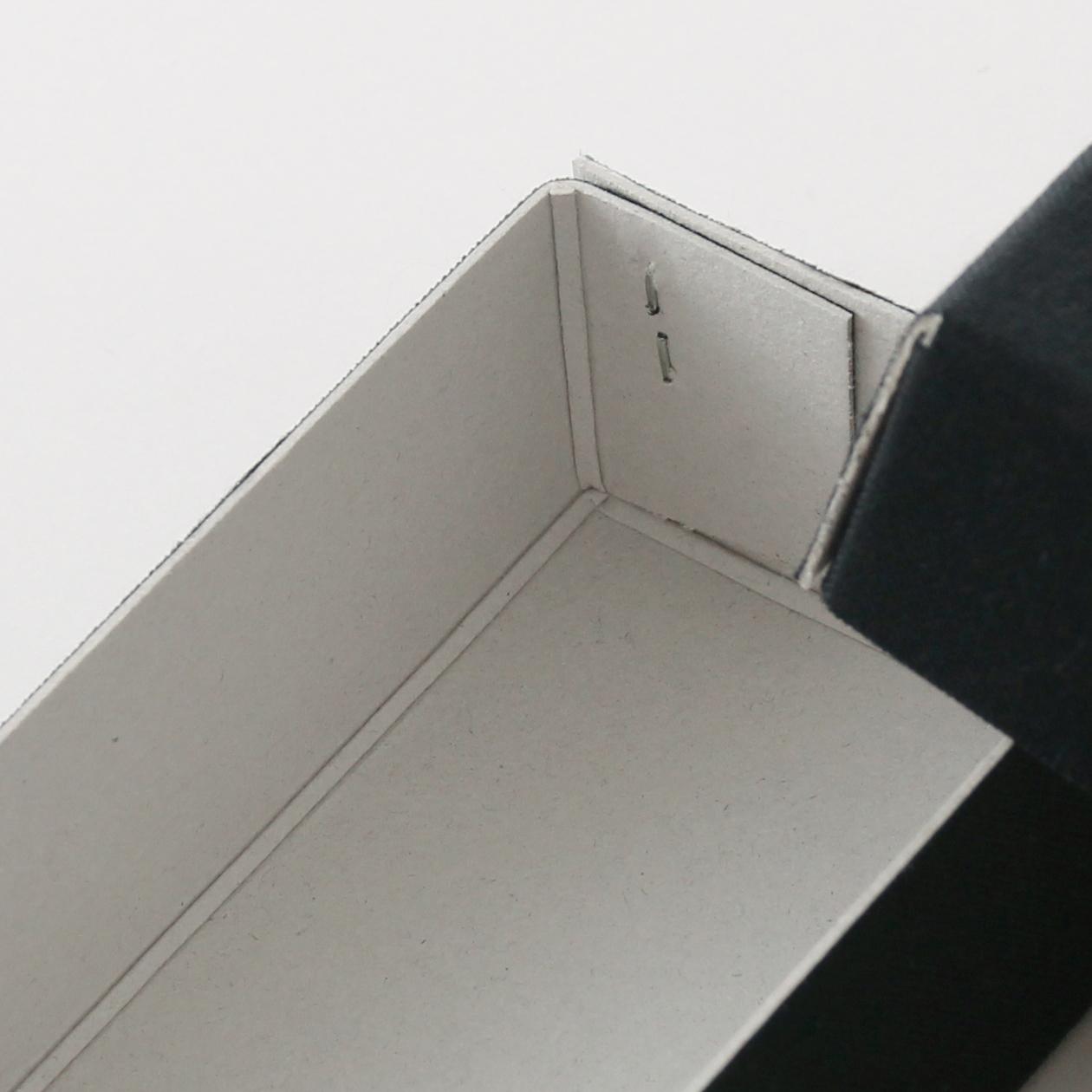 ホッチキス箱 サイズM_2 細布 ブラック×グレー