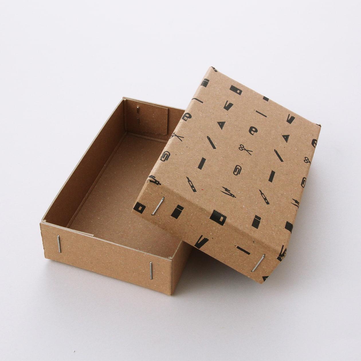 サンプル 箱(ホッチキス箱) 00036