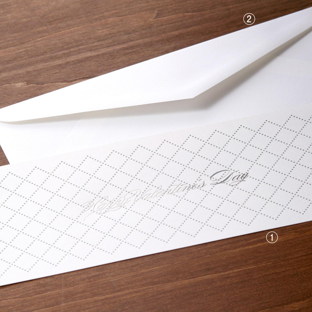華やかながら上品 スタイリッシュなカードと封筒