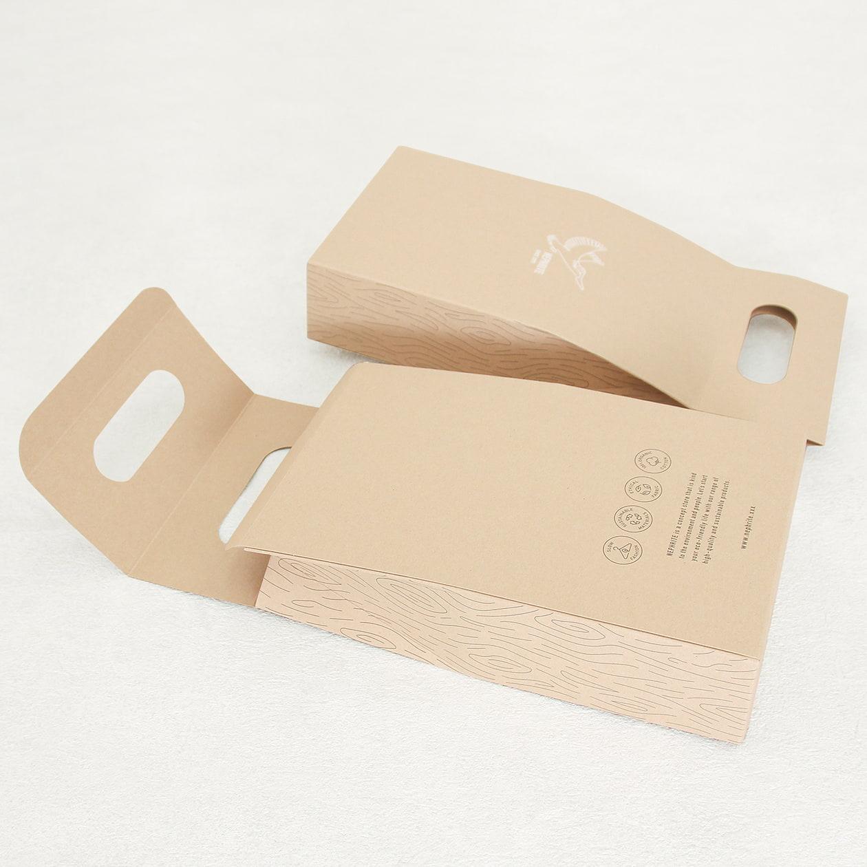 ソックスの持ち手付きギフトパッケージ