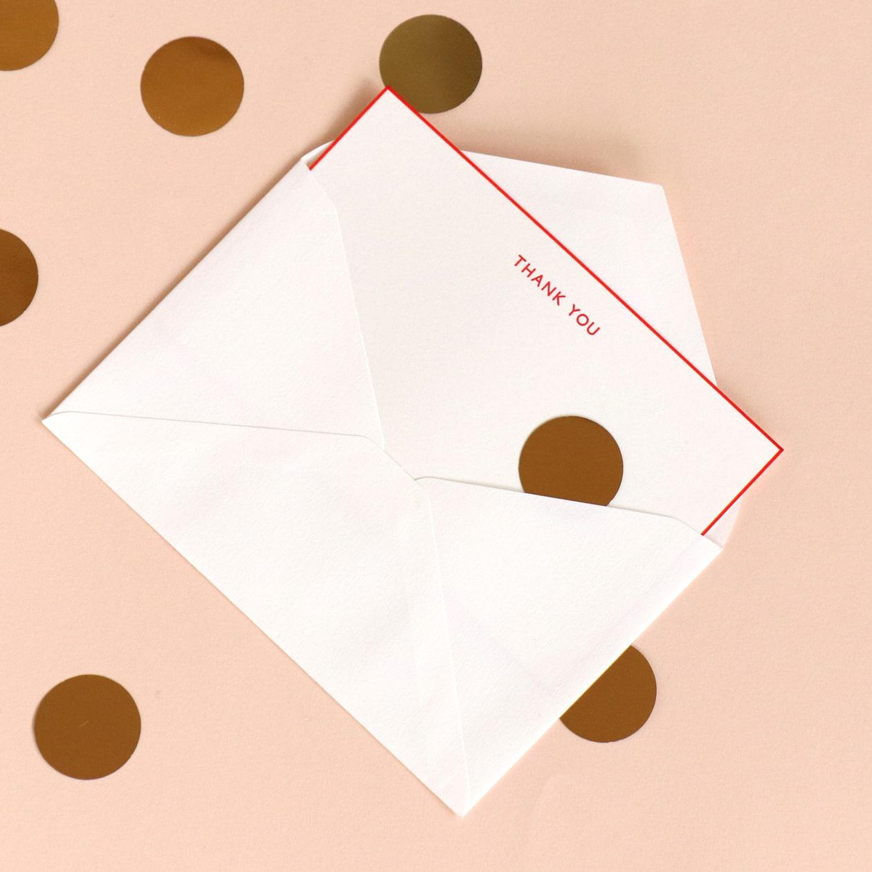 鮮やかな縁取りが印象的なメッセージカード