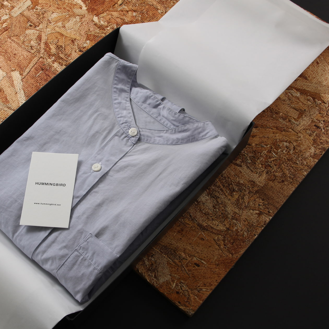 ファッションブランドの商品ラッピング