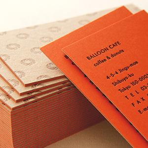 存在感のある厚みのショップカード