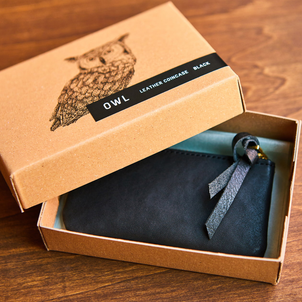 皮財布の商品パッケージ