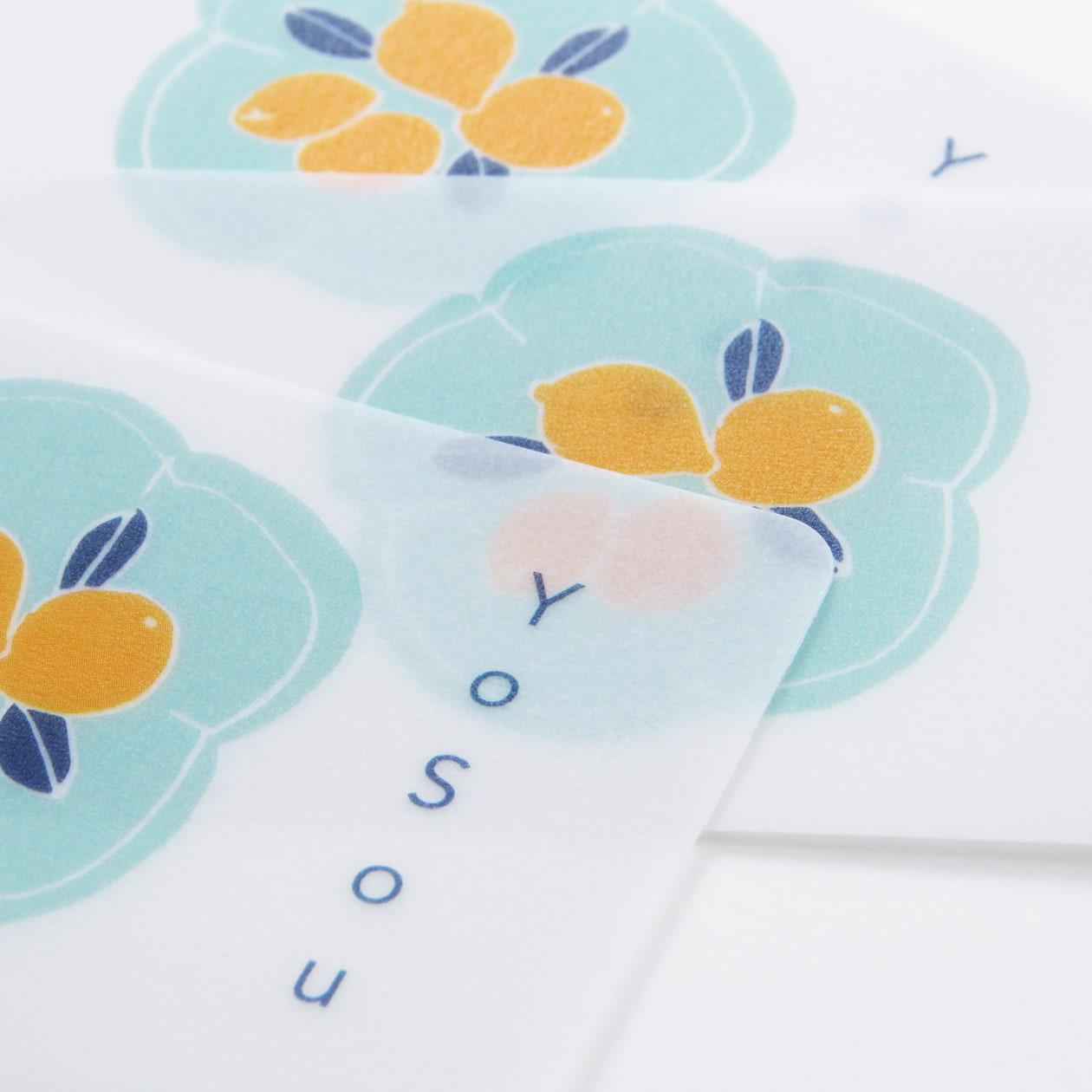透ける素材で印象的に ガラス食器のブランドのカード