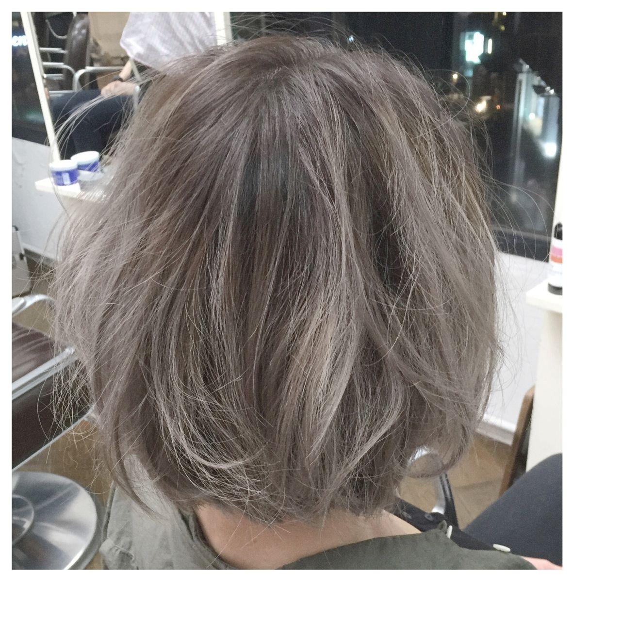 人と被らない私だけのスタイルに。ボブ×グラデーションカラーのヘアスタイルまとめ Takuya Nakazawa