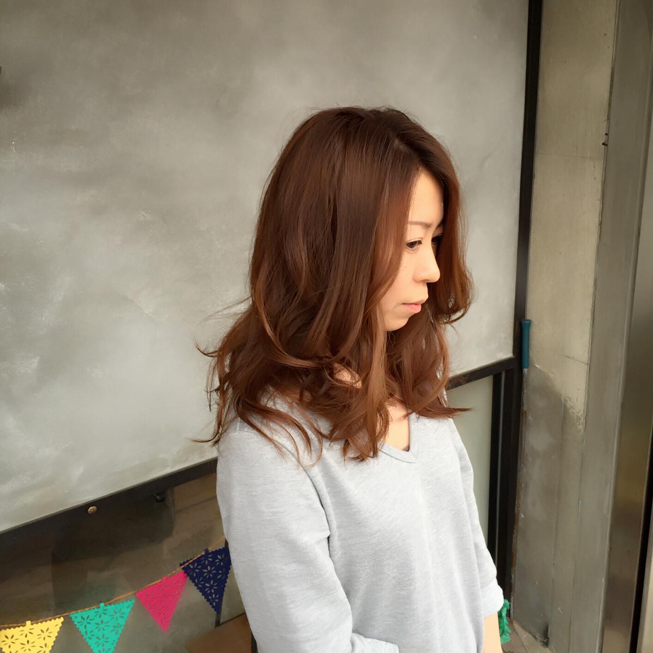 伸ばしっぱなしではもったいない!ロングヘアにはレイヤーがおすすめ Tatsuo Araki