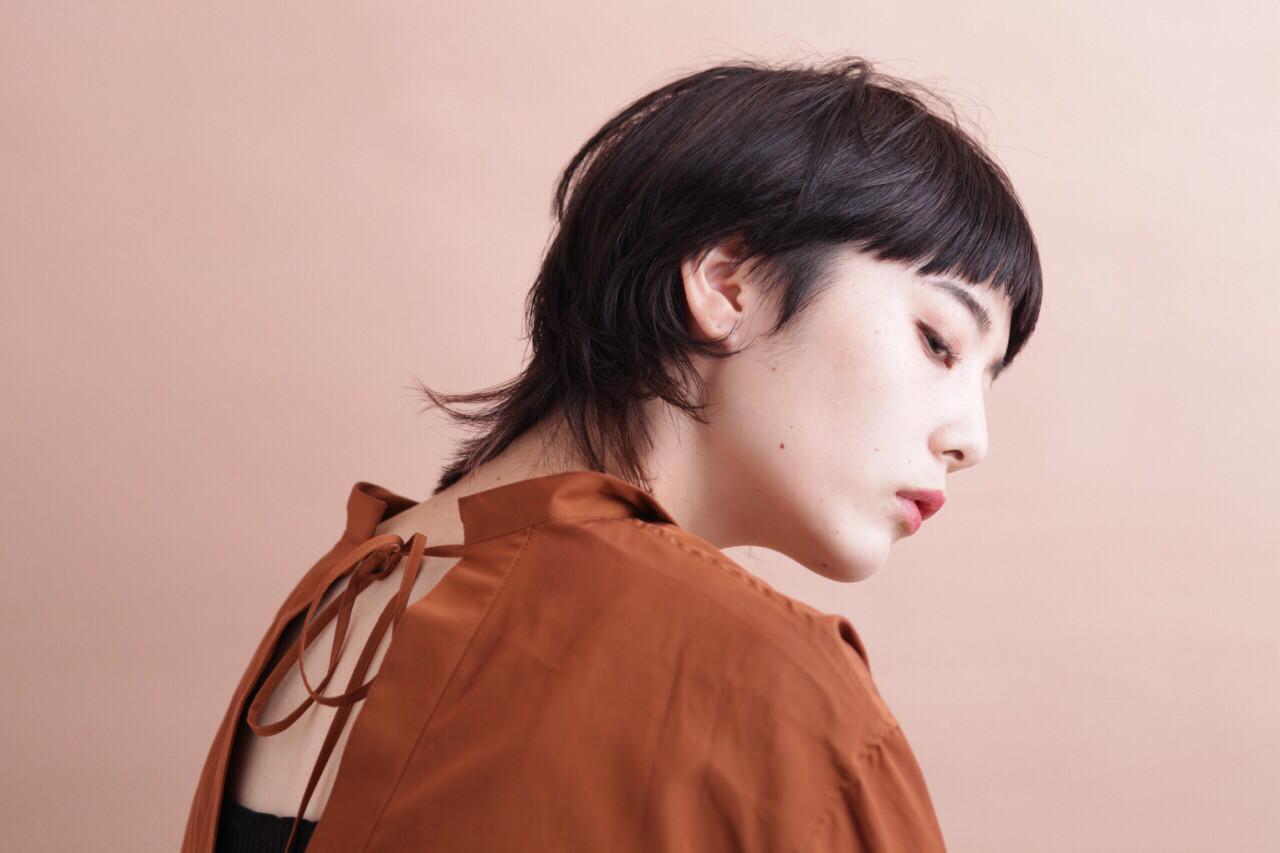 モード 黒髪 暗髪 抜け感 ヘアスタイルや髪型の写真・画像
