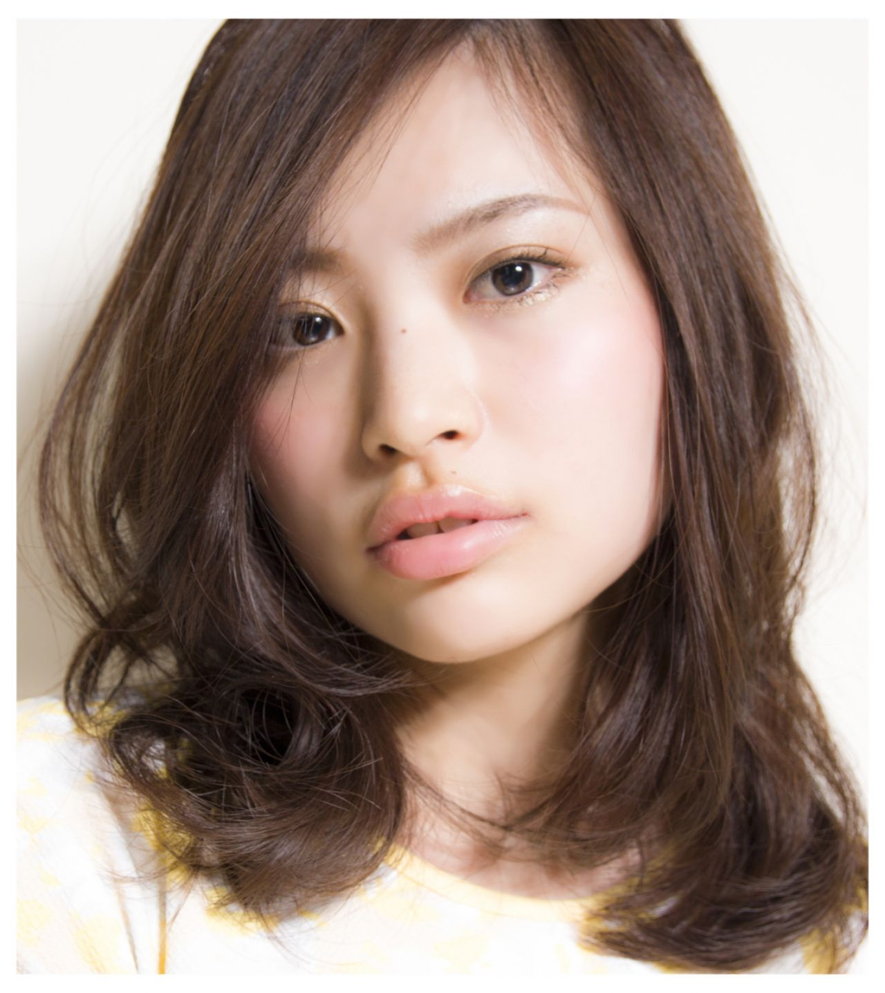 大人女子 ミディアム コンサバ フェミニン ヘアスタイルや髪型の写真・画像