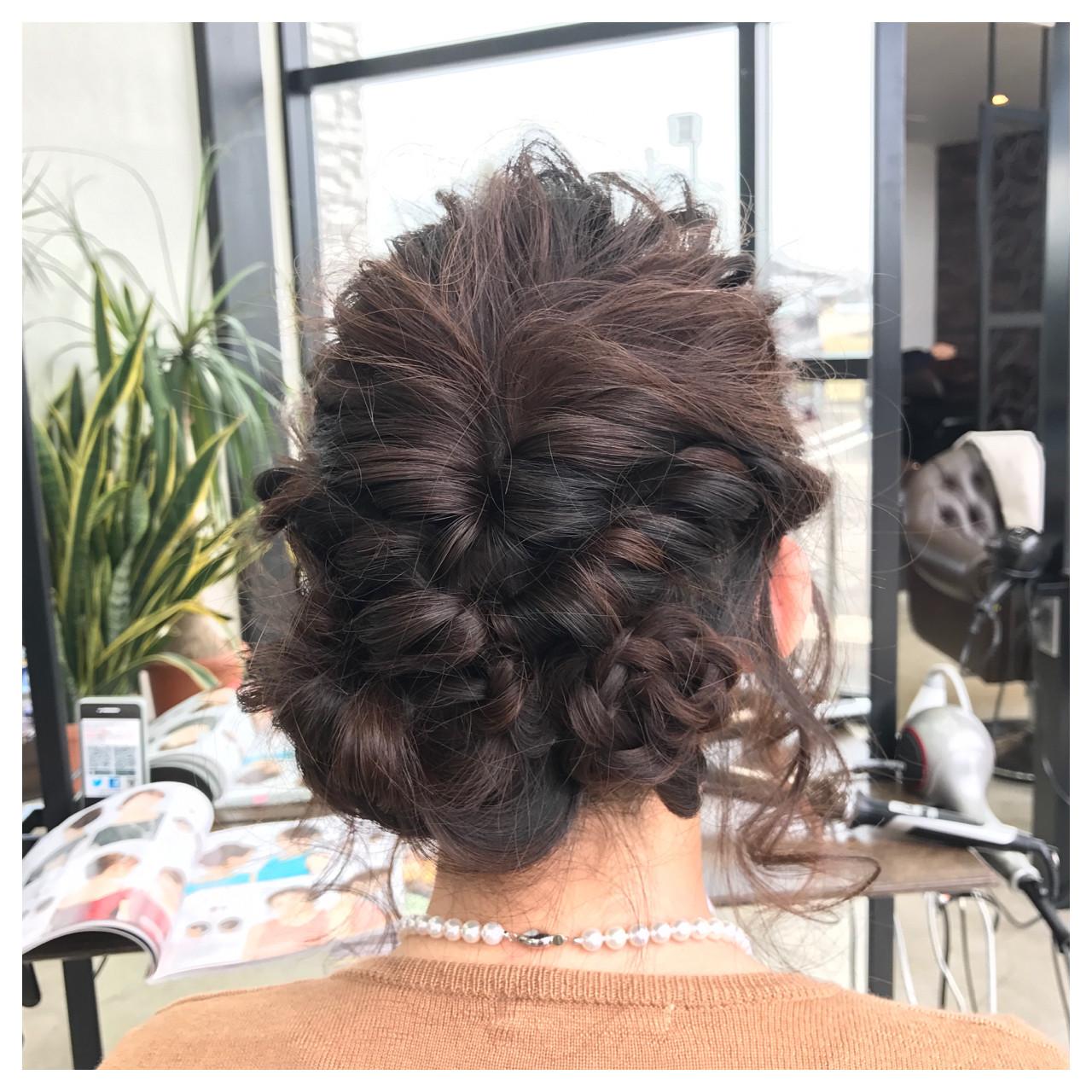 結婚式・お呼ばれに。おすすめアップのヘアスタイルとセルフアレンジ法 白井香織