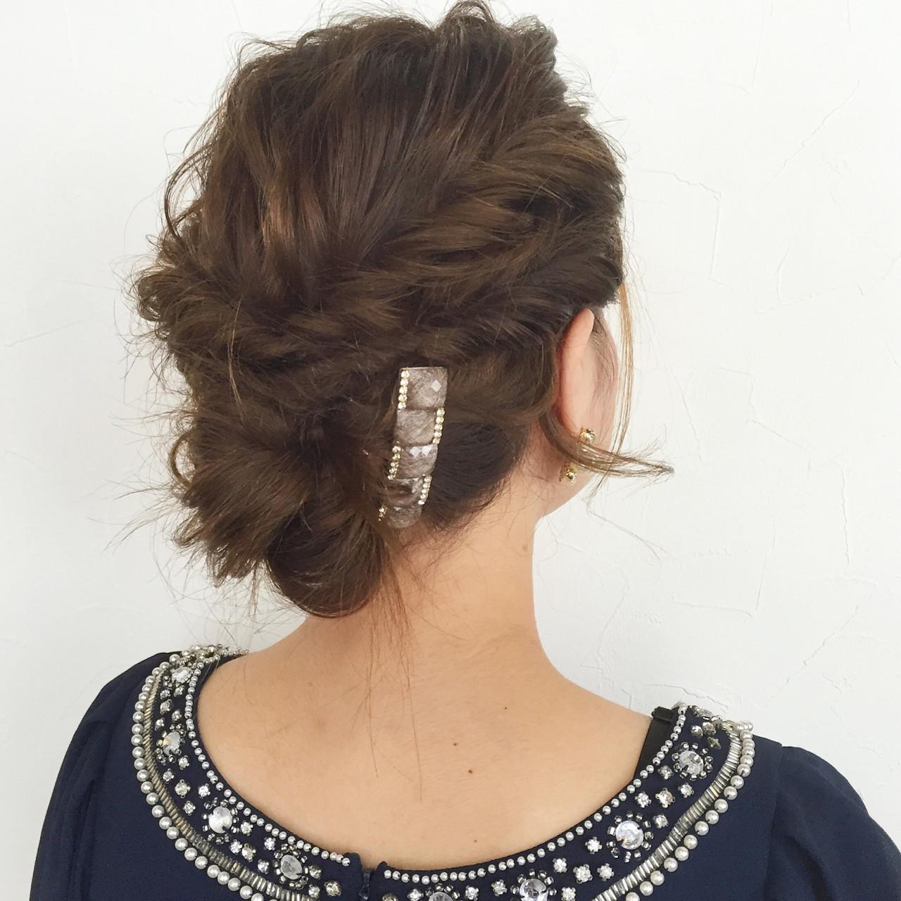 結婚式・お呼ばれに。おすすめアップのヘアスタイルとセルフアレンジ法 大西未紗
