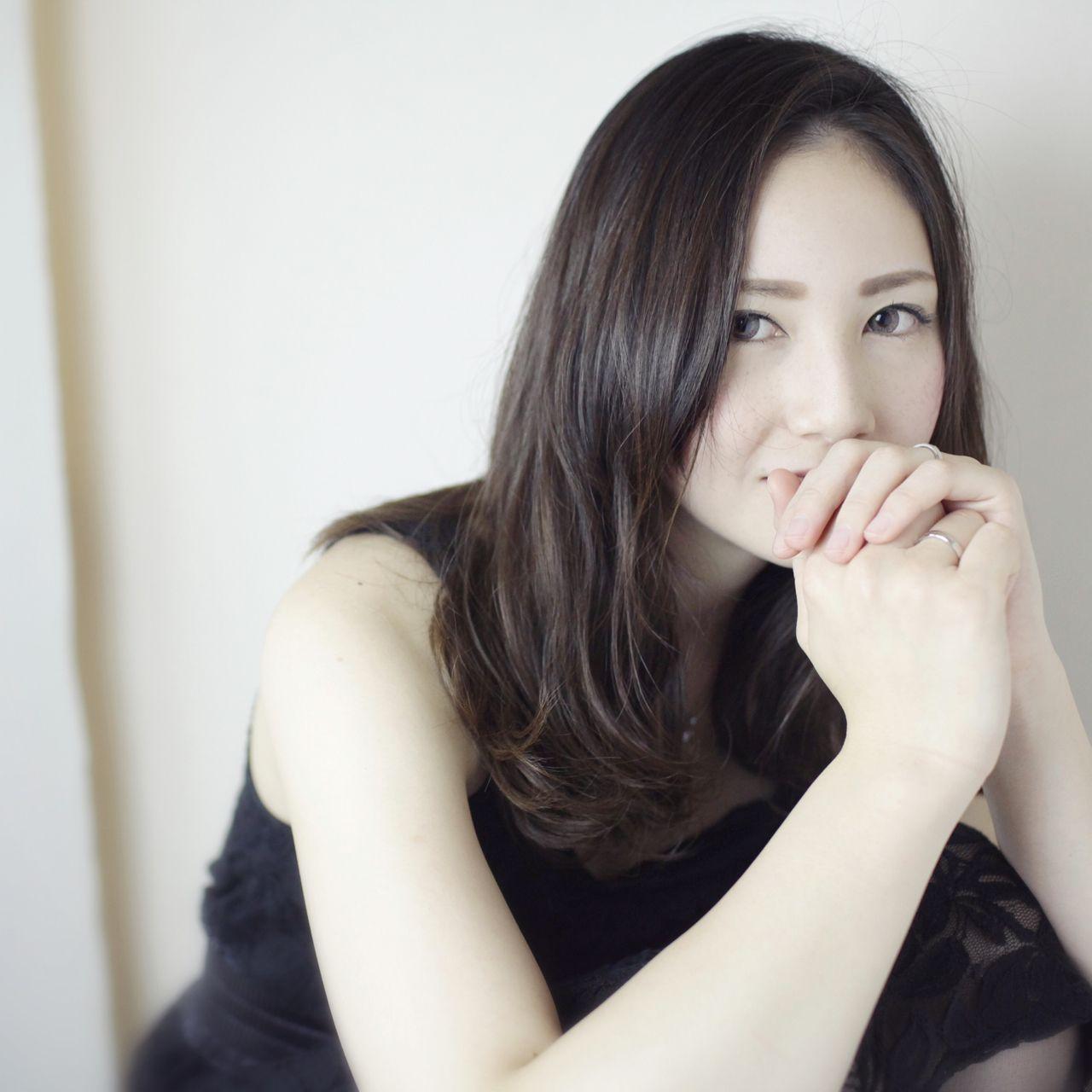 黒髪でも重く見えないミディアムスタイル7選 鬼塚 ひかり//FORTE by afloat