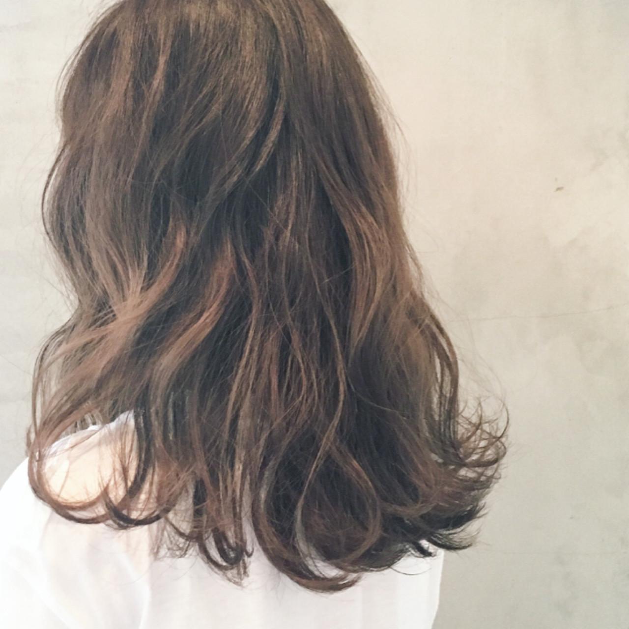 外国人風 デジタルパーマ ロング ゆるふわ ヘアスタイルや髪型の写真・画像