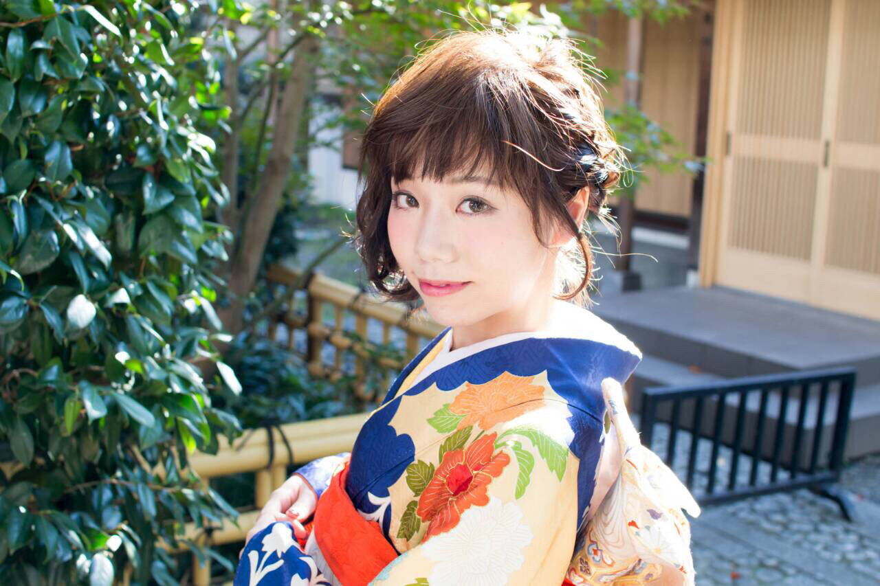 短い髪でも可愛く。着物に合わせるショートのヘアスタイルまとめ  大嶋 理紗
