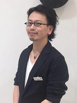 槙田 年裕
