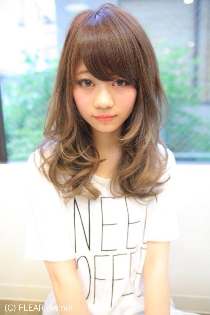 ふわふわのパーマスタイル〜黒髪でも似合うセミロング〜