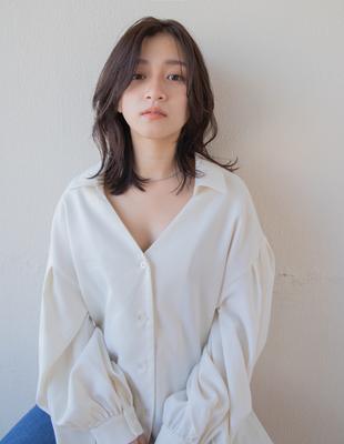 大人な女性の可愛い髪型ミディアムレイヤー(SR-109)