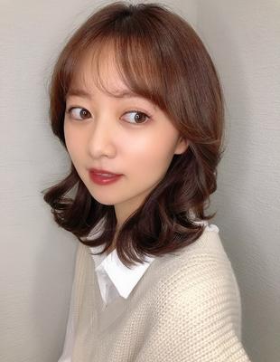 シースルー前髪とくびれミディで大人可愛い韓国ヘア(hm-4)