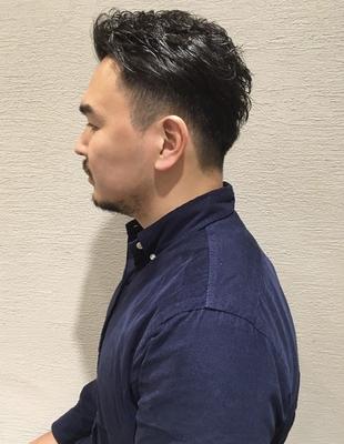 30代の男性で自分の癖を活かしたメンズ刈り上げカット(ko-30)