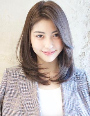 透明感カラーの【かきあげ前髪で色気ひし形レイヤー】はルヴア新宿の高橋にお任せ!(TK−357)