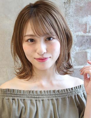 【ミルクティーベージュカラーのふわっとくびれミディ】(TK−389)