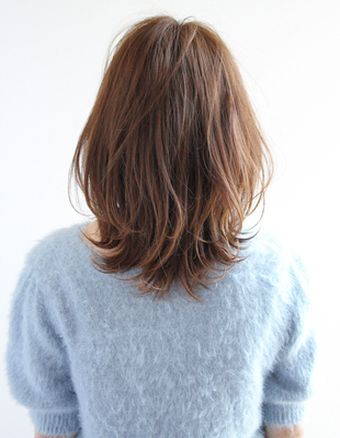 ふわっきゅっがPoint!【くびれヘア】×柔らかベージュカラー(TK−395)