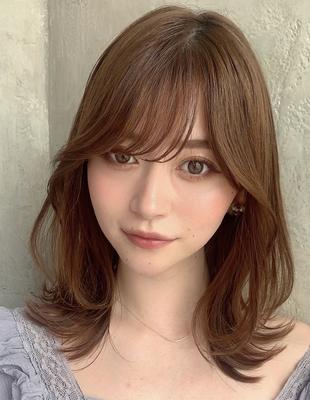 20代30代40代ミディアムレイヤー外ハネくびれヘアが可愛い 新宿 大沢かおり(OK-194)