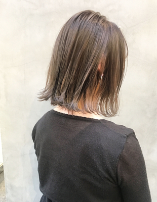 切りっぱなしボブ【ホワイティベージュ】(OM-68)