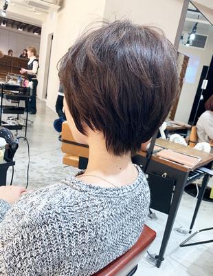 くせ毛の方にオススメのショートヘア(OM-167)