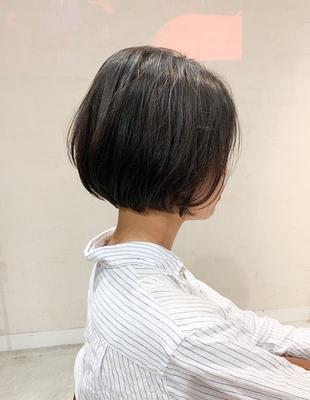 首を長く魅せる ショートボブ(OM-227)