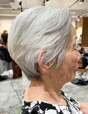 70代のショートヘア(OM-325)