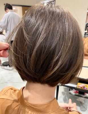 柔らかく透けるショートヘア(OM-335)