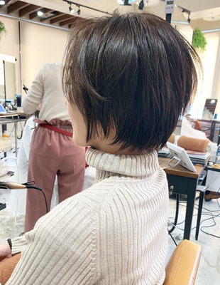 前髪長めのショート(OM-412)