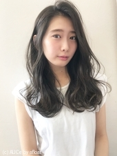 長め前髪のふわふわフェミニン【k115】