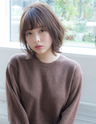【若井】外ハネひし形シルエットボブ