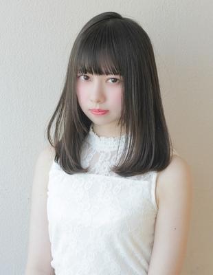 暗髪、黒髪柔らかい小顔ふんわりナチュラルヘア(TO-34)