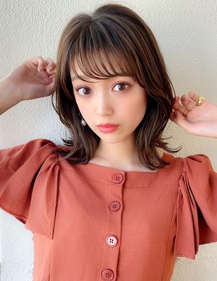 くびれミディアム 外ハネ レイヤー シースルー前髪(KI-126)